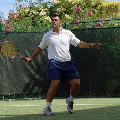 Seth R. teaches tennis lessons in North Miami Beach, FL