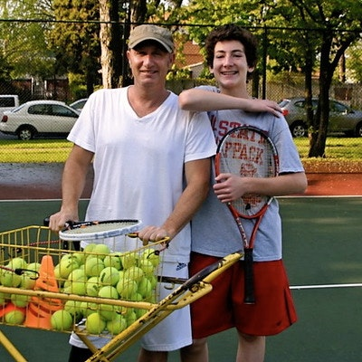 Steve D. teaches tennis lessons in Austin, TX