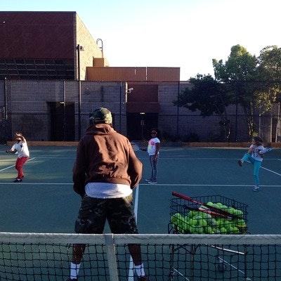 Mike H. teaches tennis lessons in San Francisco, CA