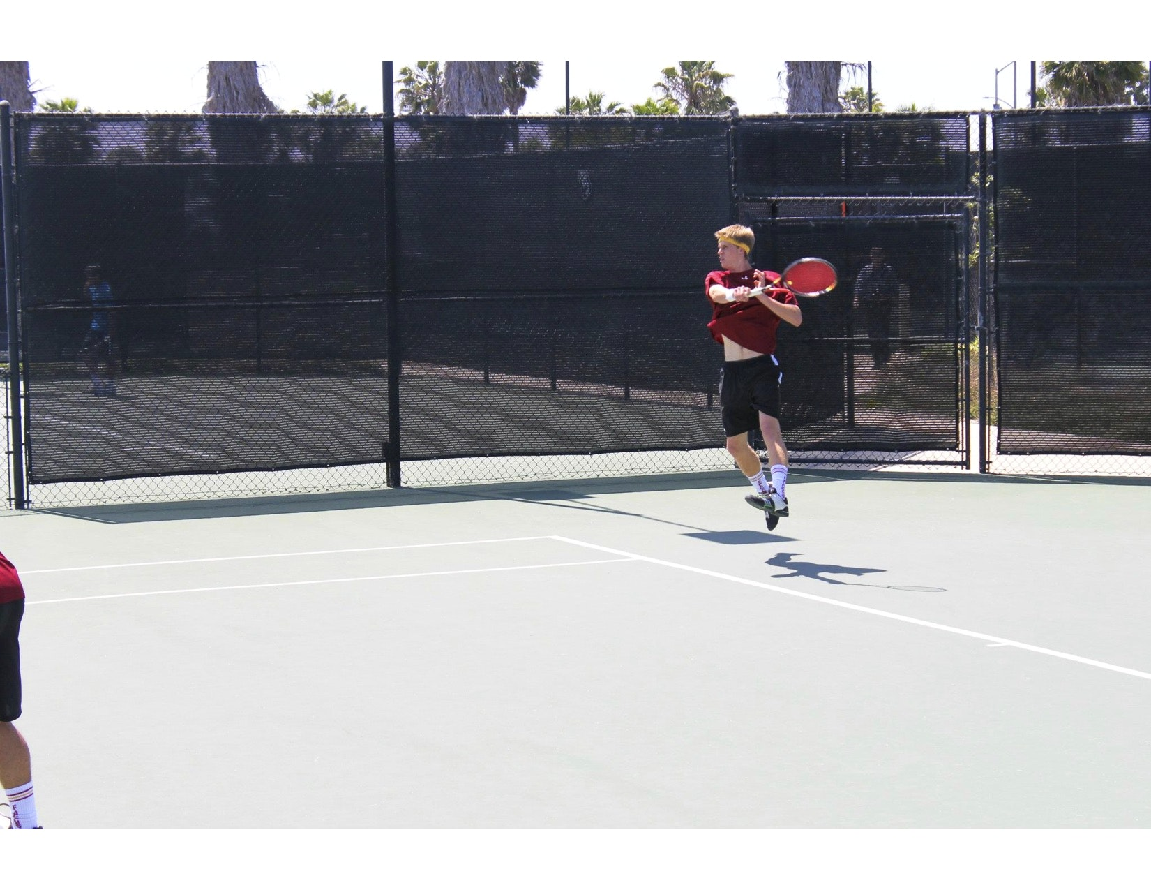 Connor E. teaches tennis lessons in Napa, CA