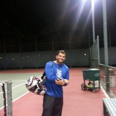 Danny S. teaches tennis lessons in Anaheim, CA