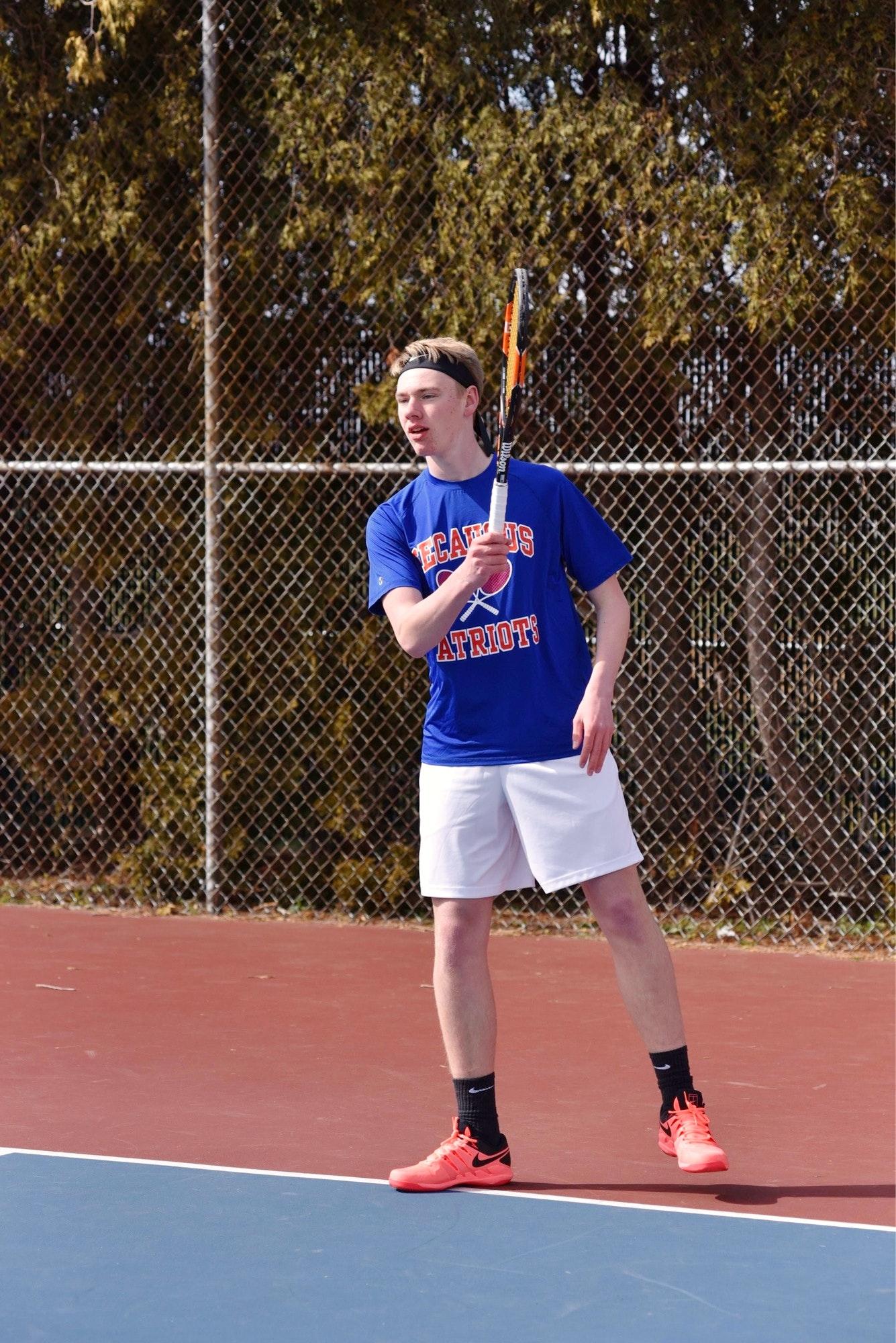 Eric D. teaches tennis lessons in Secaucus, NJ