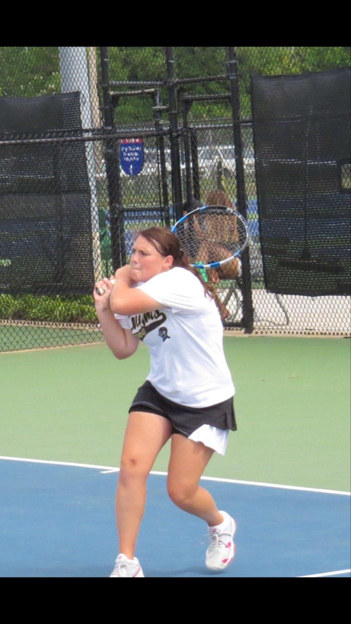 Morgan R. teaches tennis lessons in Springfield, MO