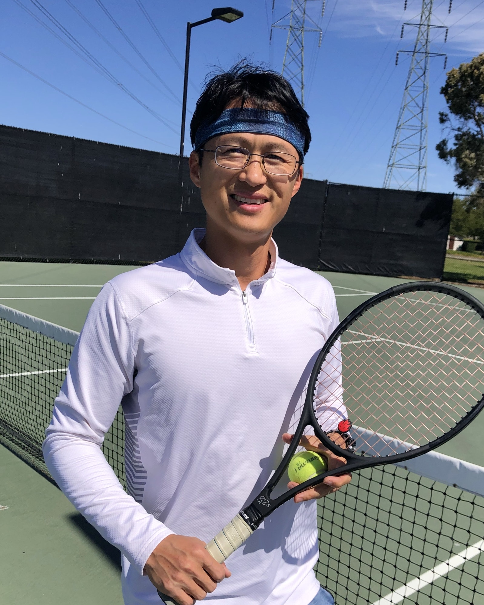Jason Z. teaches tennis lessons in Foster City, CA