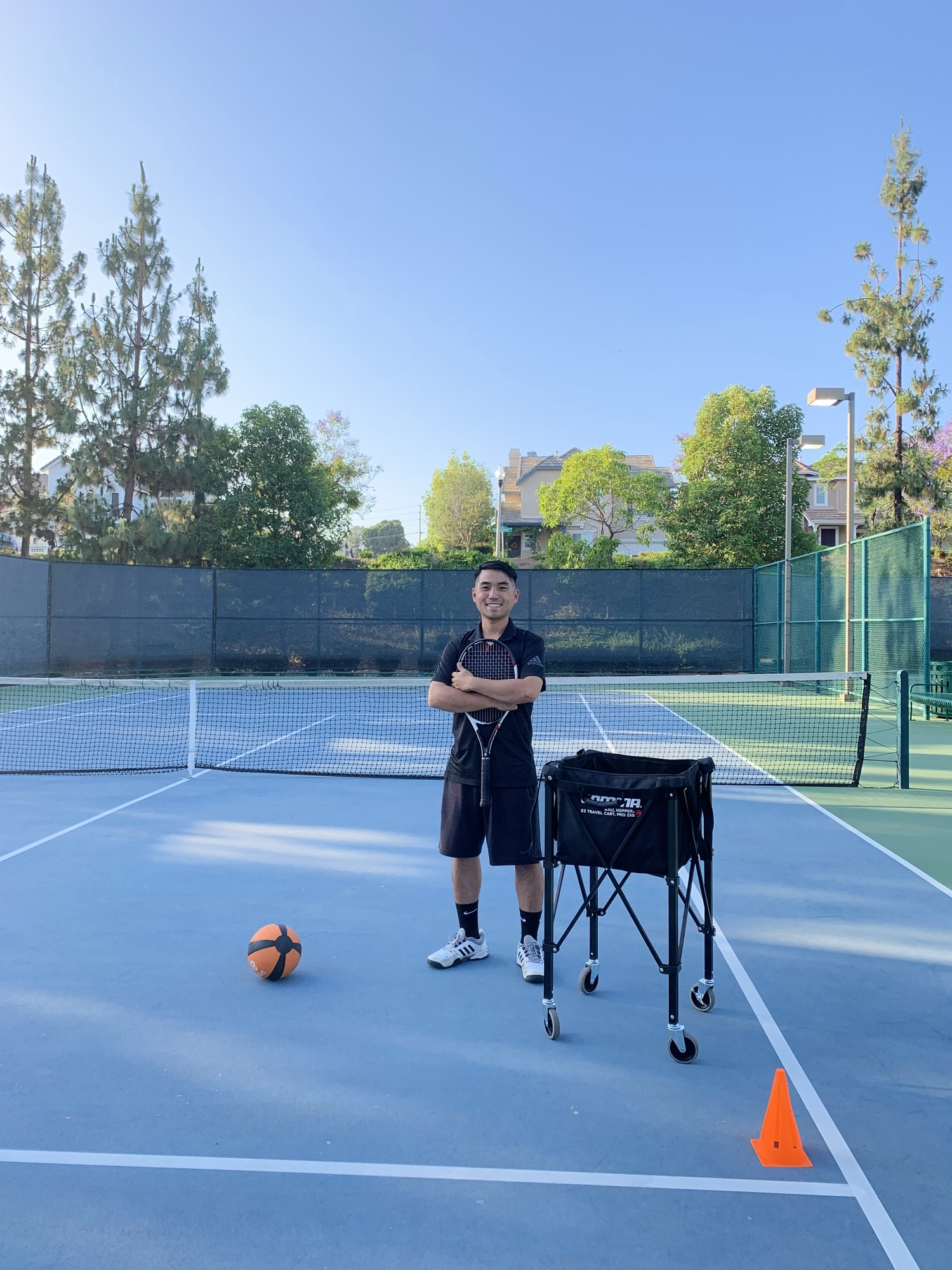 Tony W. teaches tennis lessons in Brea, CA