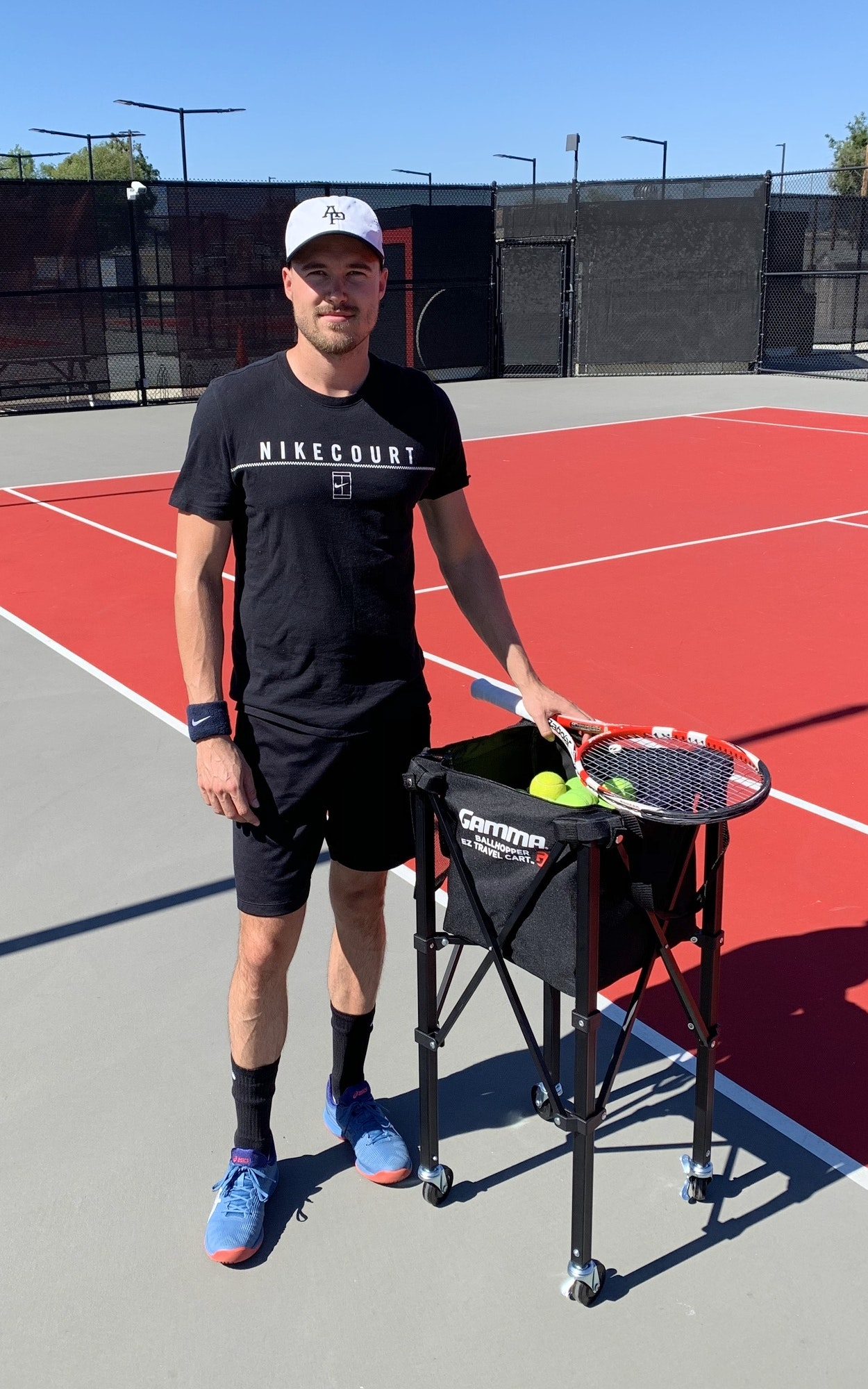 Frederik W. teaches tennis lessons in Whittier, CA