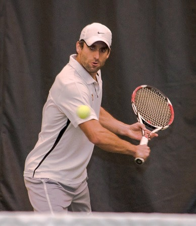 Gregg M. teaches tennis lessons in Arlington, VA