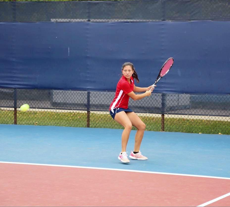 Miranda R. teaches tennis lessons in Los Angeles, CA