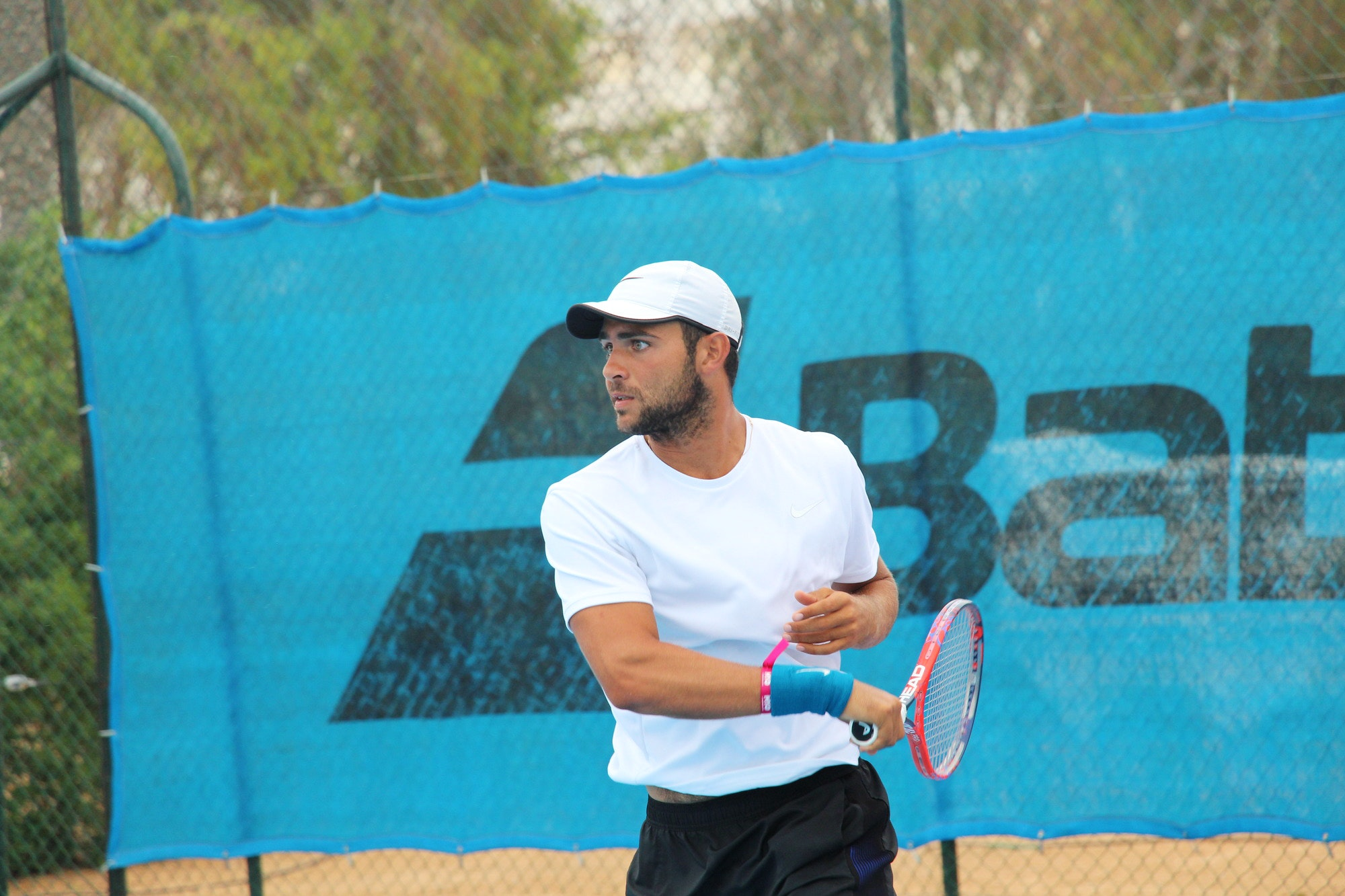 Hillel R. teaches tennis lessons in Miami , FL