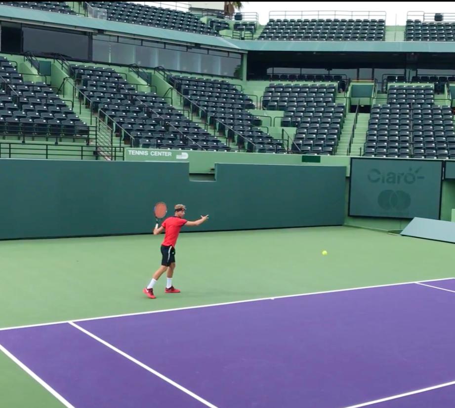 Max M. teaches tennis lessons in Hallandale Beach, FL