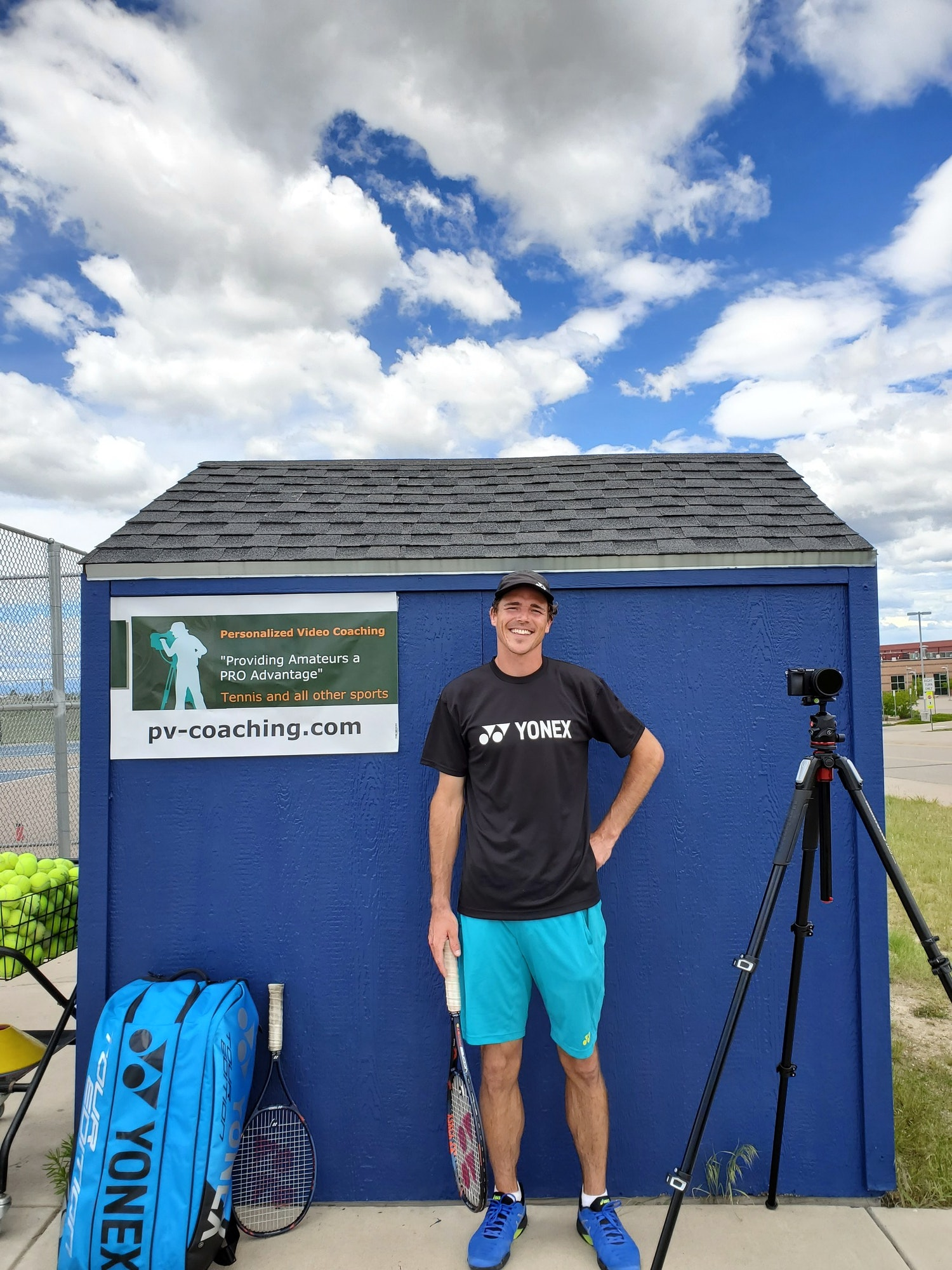 Casey G. teaches tennis lessons in Denver, CO