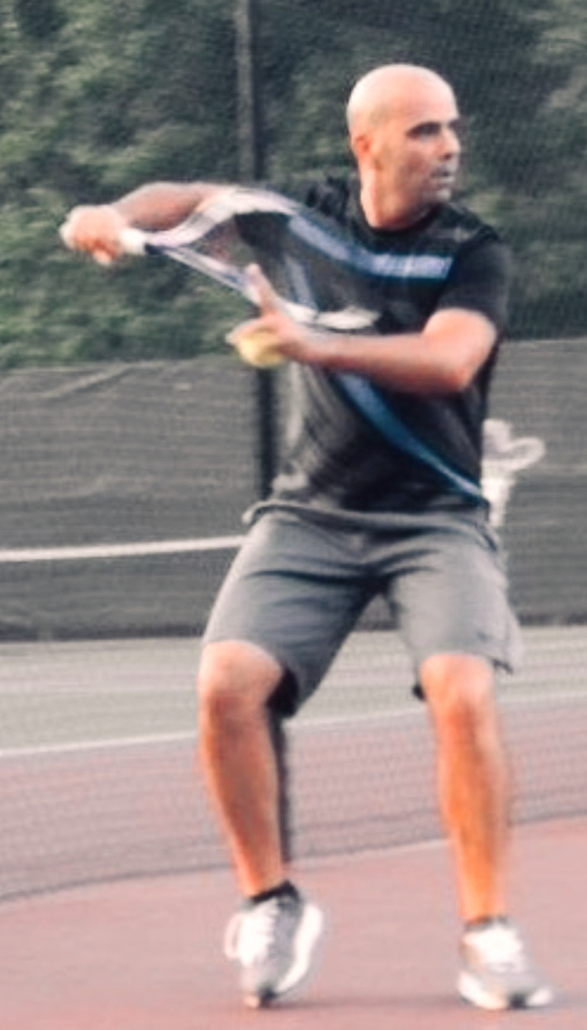 Mehdi B. teaches tennis lessons in Wesley Chapel, FL