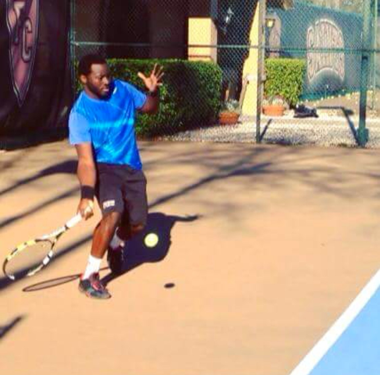 Dirnaj S. teaches tennis lessons in Tampa, FL