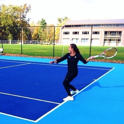 Madalina F. teaches tennis lessons in Babylon, NY