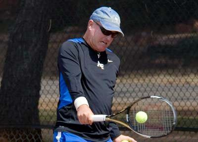 Larry L. teaches tennis lessons in Sedona, AZ