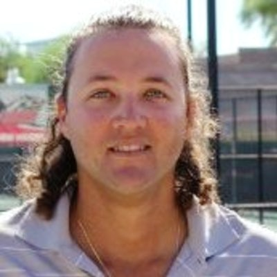 Lenoir R. teaches tennis lessons in Las Vegas, NV
