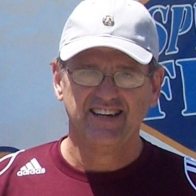 Bill S. teaches tennis lessons in Savannah, TN