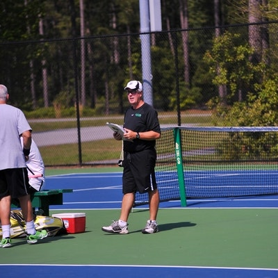 Robert B. teaches tennis lessons in Townsend, GA