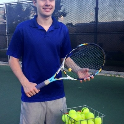 Andrew Z. teaches tennis lessons in Warren, MI