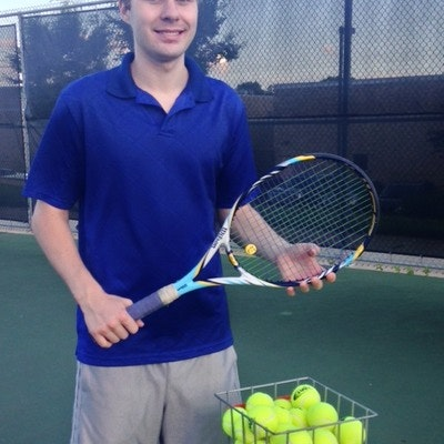 Andrew Z. teaches tennis lessons in Warren, MI