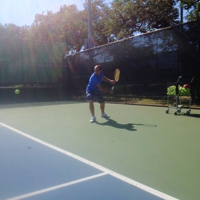 Alex G. teaches tennis lessons in San Antonio, TX