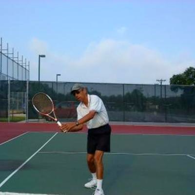 Rafael V. teaches tennis lessons in San Antonio, TX