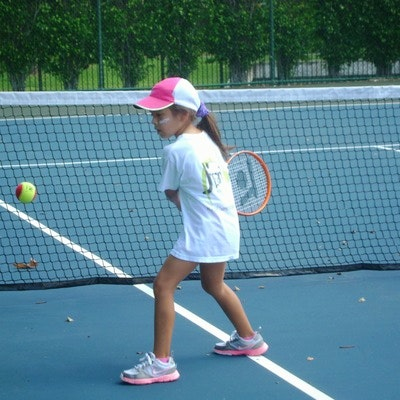 Mauricio J. teaches tennis lessons in Cooper City, FL