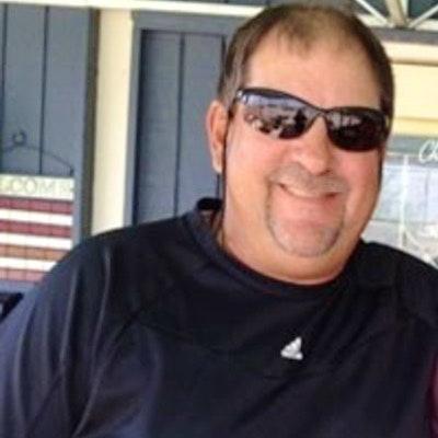 David G. teaches tennis lessons in St Petersburg, FL