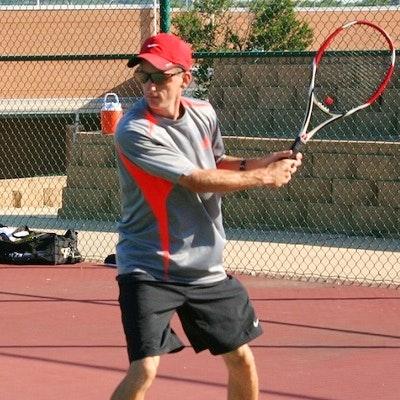 Lee G. teaches tennis lessons in San Antonio, TX