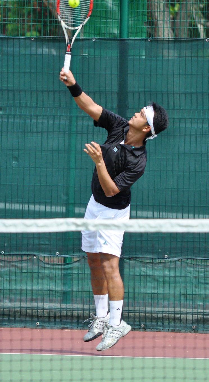 Ferdinand S. teaches tennis lessons in Hanson, MA