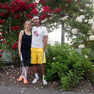 Farhad R. teaches tennis lessons in Portland, OR