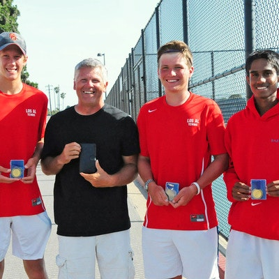 Mike M. teaches tennis lessons in Long  Beach, CA