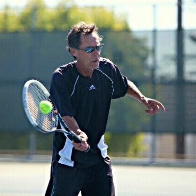 Napoléon G. teaches tennis lessons in Oakland, CA