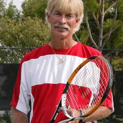 Ken D. teaches tennis lessons in San Jose, CA