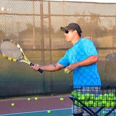 Jay M. teaches tennis lessons in Santa Monica, CA