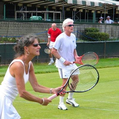 Doug B. teaches tennis lessons in Scottsdale, AZ