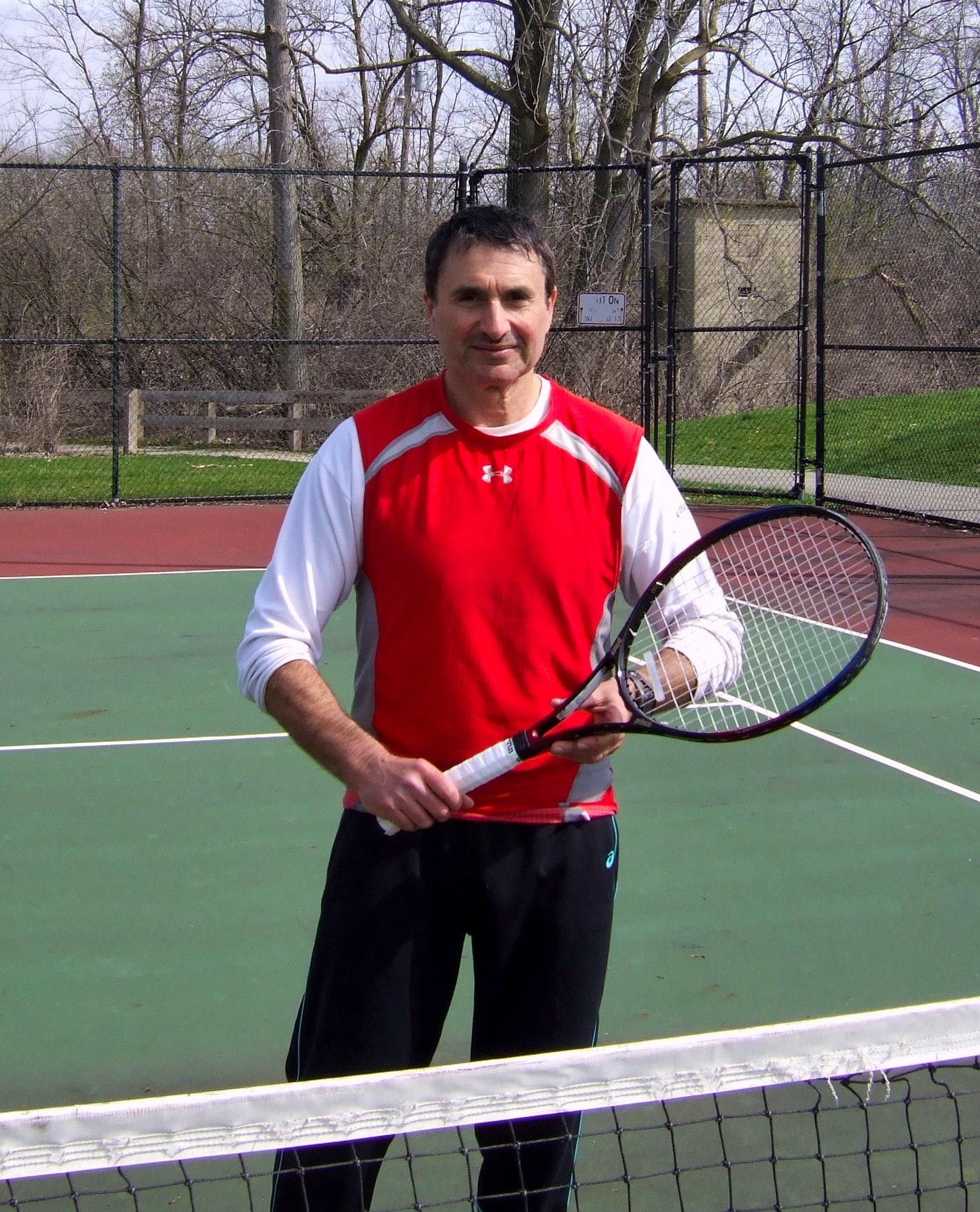Slava R. teaches tennis lessons in Columbus, OH