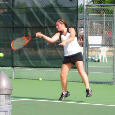 Kalee M. teaches tennis lessons in Charlotte, NC