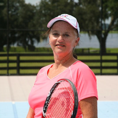 Jeanette M. teaches tennis lessons in Dade City, FL