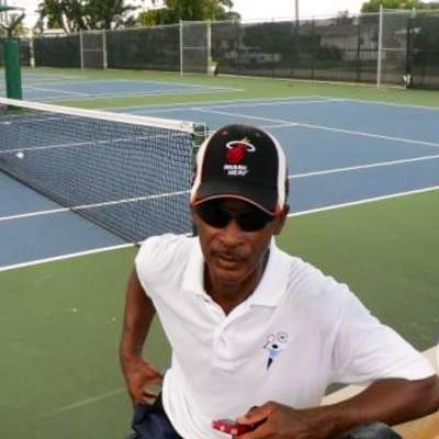 Tony T. teaches tennis lessons in Coconut Creek, FL