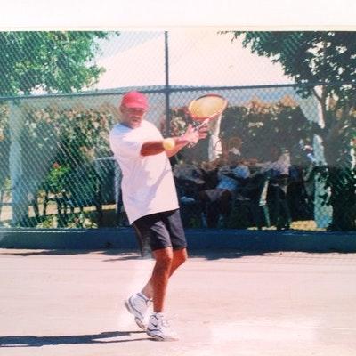Jose P. teaches tennis lessons in West Palm Beach, FL