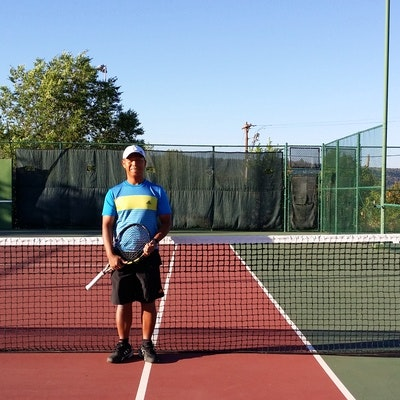 Darrell R. teaches tennis lessons in Carson, CA