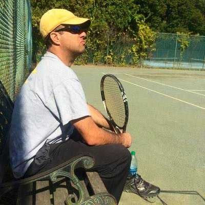Daniel H. teaches tennis lessons in Northampton, MA