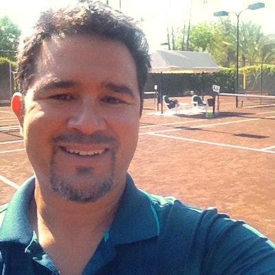 Mj H. teaches tennis lessons in Palm Desert, CA