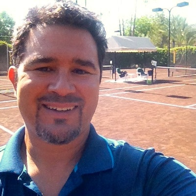 Mj H. teaches tennis lessons in Palm Desert, CA