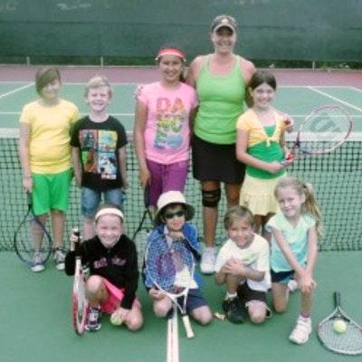 Alison G. teaches tennis lessons in Murrieta, CA