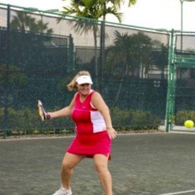 Sandy B. teaches tennis lessons in West Palm Beach, FL