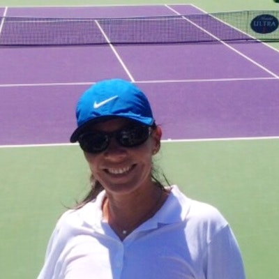 Rocio N. teaches tennis lessons in Miami, FL