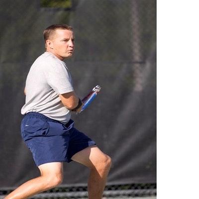 Eric L. teaches tennis lessons in Doral, FL