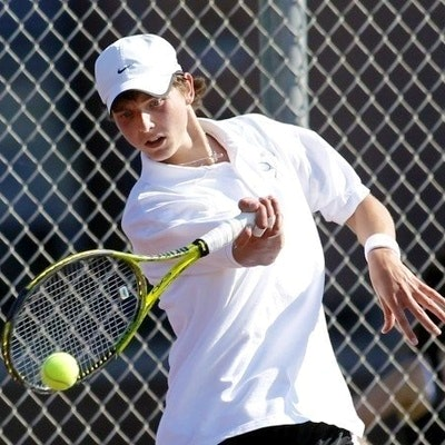 Eric W. teaches tennis lessons in Woodbury, CT